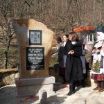 Otkriven spomenik baba Višnji u Gornjoj Trepči