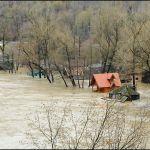 Ovčar Banja pod vodom, voda prodrla u Nikolje i Vavedenje