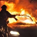 Izgorela dva automobila u garaži u Kraljevu, stanari evakuisani