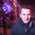 Sa sugrađanima na trgu u Milanovcu bio i predsednik opštine