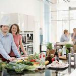 Austrijski ugostitelji nude posao za 14.000 konobara i kuvara iz Srbije i BiH
