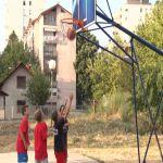 """Počeo turnir u basketu ,,Sprajtovo""""  – narednih deset dana utakmice na terenu u ulici Svetozara Markovića"""