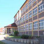 Kolektiv Prehrambeno ugostiteljske škole u Čačku stupio u štrajk zbog nezakonitog razrešenja direktora te škole