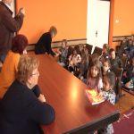 """Mališani iz PU ,,Naša radost"""" posetili predsednicu opštine Lučani"""