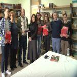 Kovanice sa likom 25 znamenitih Srba dodeljene đacima generacije sa teritorije opštine Lučani