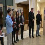Izložba fotografija učenica milanovačke gimnazije otvrena u holu Doma kulture u Milanovcu
