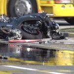 Težak udes na kružnom putu, poginuo motociklista (FOTO)