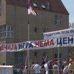 Meštani Košutnjaka okupili se na protestu zbog najave izgradnje zgrade na mestu igrališta