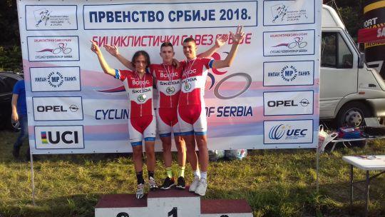 Juniorska ekipa, prvak Srbije