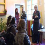 Slavica Đukić Dejanović u Guči razgovarala sa majkama koje su u ovoj godini rodile treće i četvrto dete