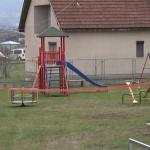 Mališani u MZ Konjevići dobili igralište u dvorištu Doma kulture